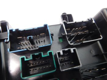56051039ad 2002 2005 dodge ram 1500 4 7l fusebox fuse 99 ram fuse box 99 dodge ram fuse box s 1500f #2