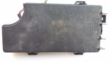 Jeep Patriot Fuse Box List on jeep compass fuse box location, dodge magnum fuse box list, toyota camry fuse box list, jeep patriot iod fuses,